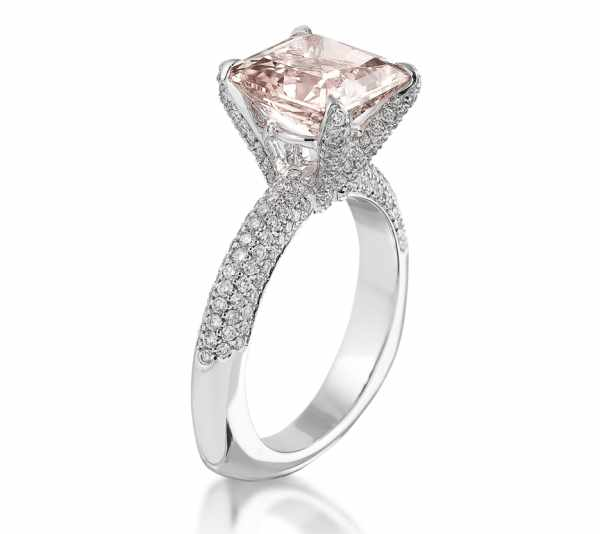 pink diamonds engagement rings